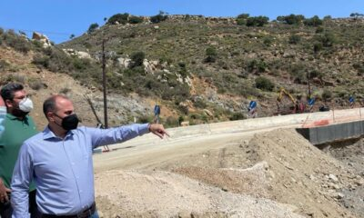 Ο Γ. Καραγιάννης επίβλεψε έργα αποκατάστασης στην Κρήτη-Πηγή: Υπουργείο Μεταφορών και Υποδομών
